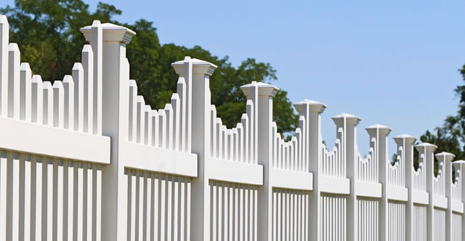 Fence Painting in Bakersfield Exterior Painting in Bakersfield